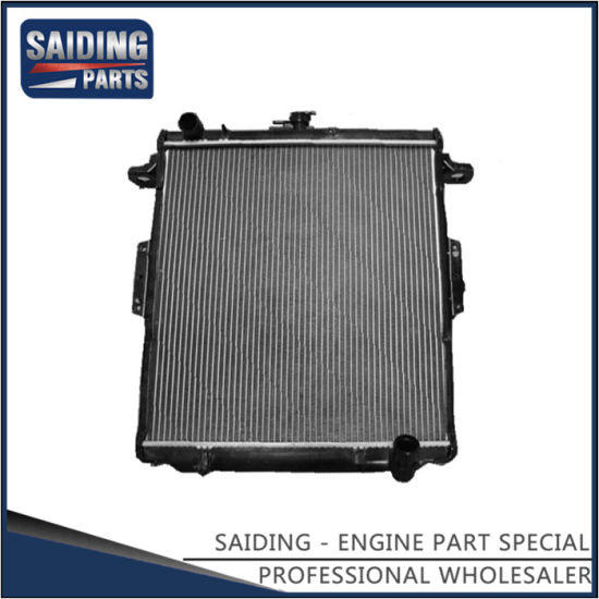 Cooling Radiator for Toyota Land Cruiser 1fzfe Engine Parts 16400-66180